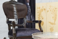 Кресло в корсете