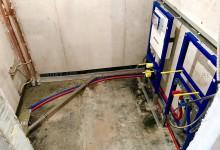Ещё один вариант расположения трубопровода в санузле. Сто двадцать первая часть.