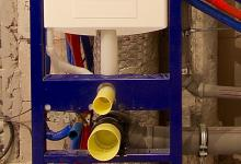 Ещё один вариант расположения трубопровода в санузле. Восемьдесят первая часть. | Идеи для ремонта