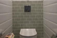 Фисташковые ванная и туалет