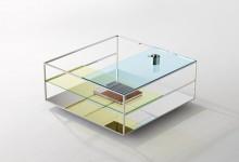 Стеклянный стол: цвет и отражения