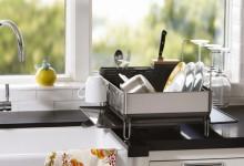 Где сушить посуду на кухне?