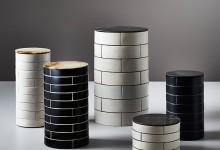 Круглый стол и керамическая плитка