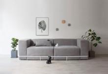 Минималистичный диван — подушки в рамке