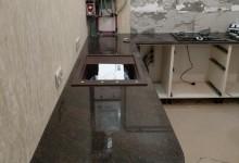 Кухонная столешница и эркерный подоконник из гранита