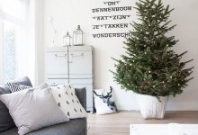 Новогодний декор живой елки