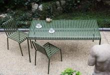 Уютная садовая мебель из... металла