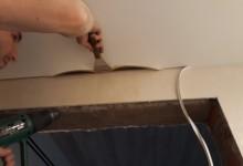 Починить ПВХ потолок своими руками