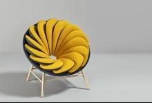 Необычное кресло с цветными подушками