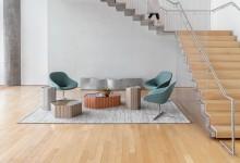 Разноцветные столы