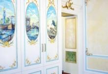 Ручная роспись шкафа
