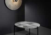 Мраморная волна: стол и светильник
