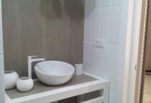 Современная квартира для троих с антикварными часами 6. Столешница в ванной. От идеи до воплощения