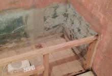 Спасение разваливающейся  квартирки! Или как реанимировать двушку своими рукам. История одной маленькой ванной.