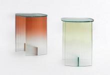 Стеклянный стол: переходы цвета