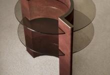 Теплое и холодное: контрастные материалы в новой коллекции
