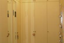 Встроенный шкаф своими руками...