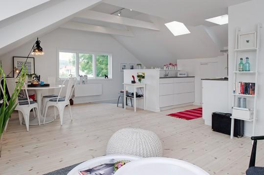 белые двери и светлый пол в интерьере 540 x 359 · jpeg