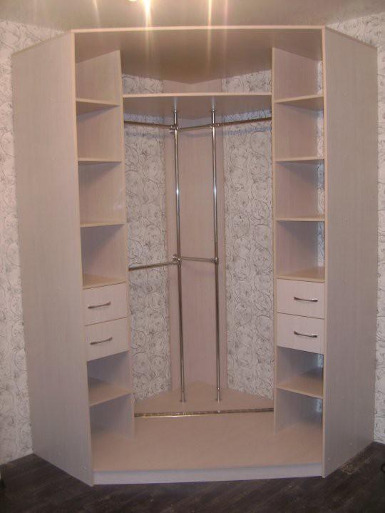 Шкафы для спальни фото внутри