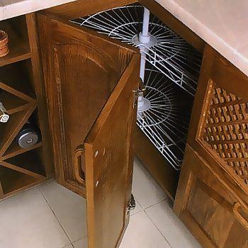 Как сделать дверь для углового шкафа.