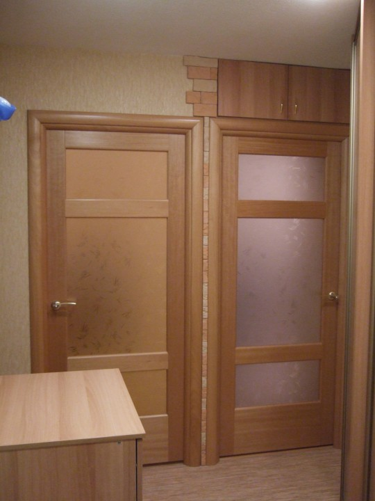 Сочетание пола и дверей фото