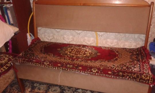 Разобранная часть от сидушки  (длинная, еще есть короткая и угол)обеденно уголка.